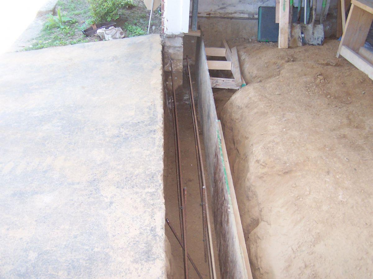 [122]ConcreteUnderpins(5).JPG